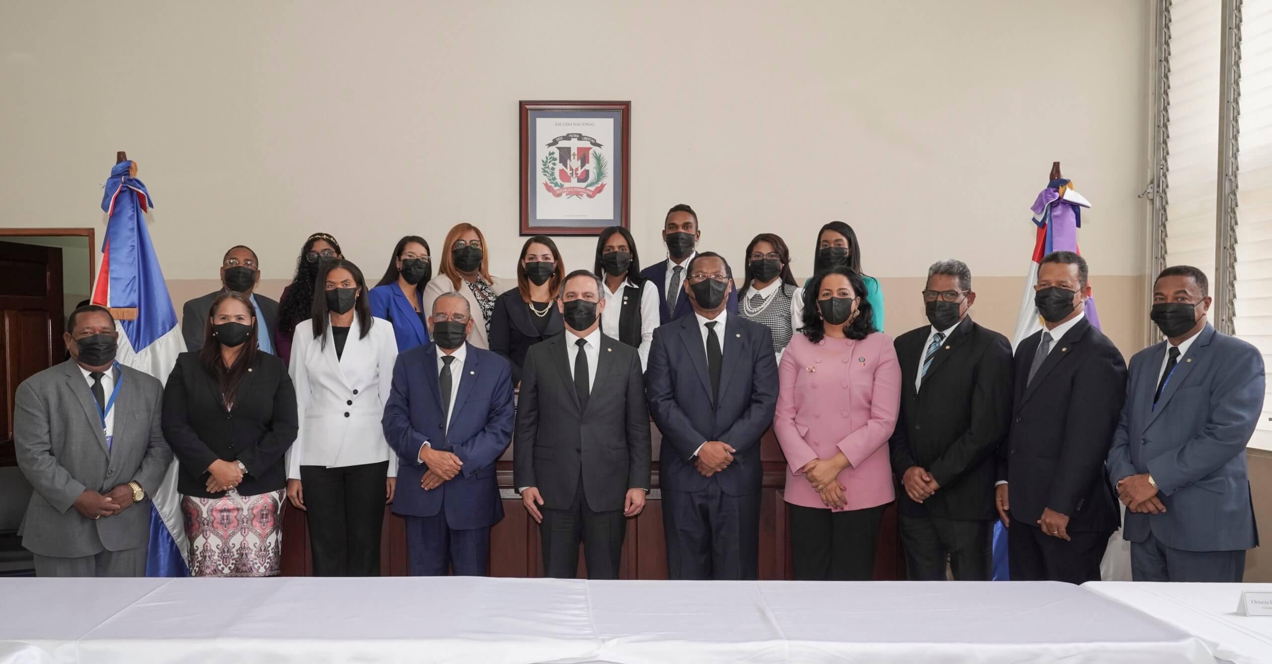 Presidente de la SCJ y consejeros se reúnen con jueces en San Pedro de Macorís